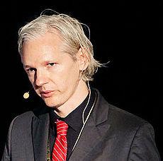 Julian Assange - Wiki Leaks
